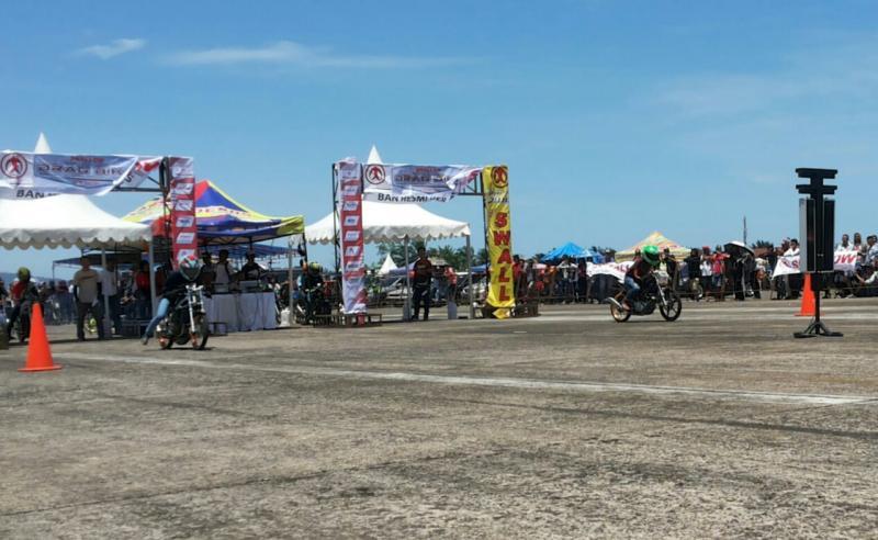Dragster lokal mendominasi kejurnas drag bike Padang