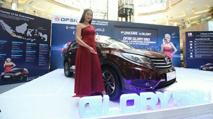 DFSK dengan Glory 580 resmi hadir di Bandung. (foto : ist)
