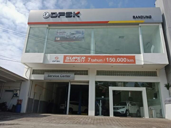 Diler resmi DFSK di Bandung siap melayani penjualan dan aftersales Glory 580. (foto : ist)