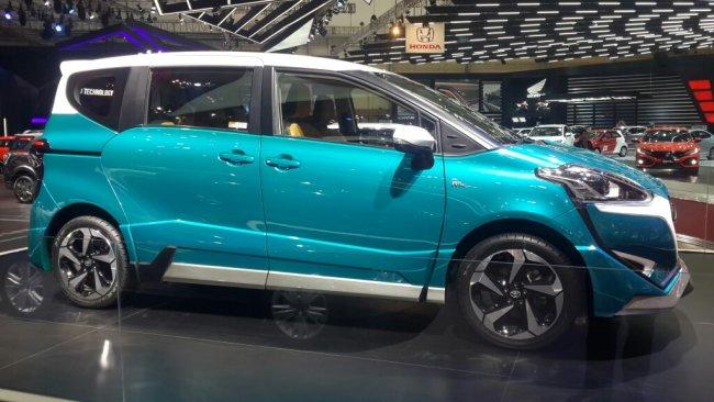 Konsep penyegaran Toyota Sienta Ezzy sempat diperkenalkan pada GIIAS 2017. (foto: anto)