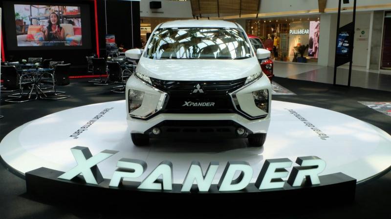 Mitsubishi adakan program penjualan menarik di bulan September. (foto : ist)