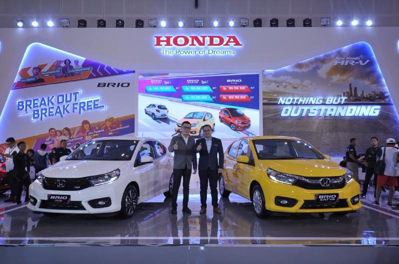 Honda tawarkan ragam promo dan bonus menarik selama GIIAS 2018 Surabaya. (foto: HSC)