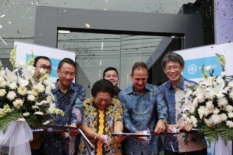 Peresmian dealer baru Piaggio di Serang, Banten