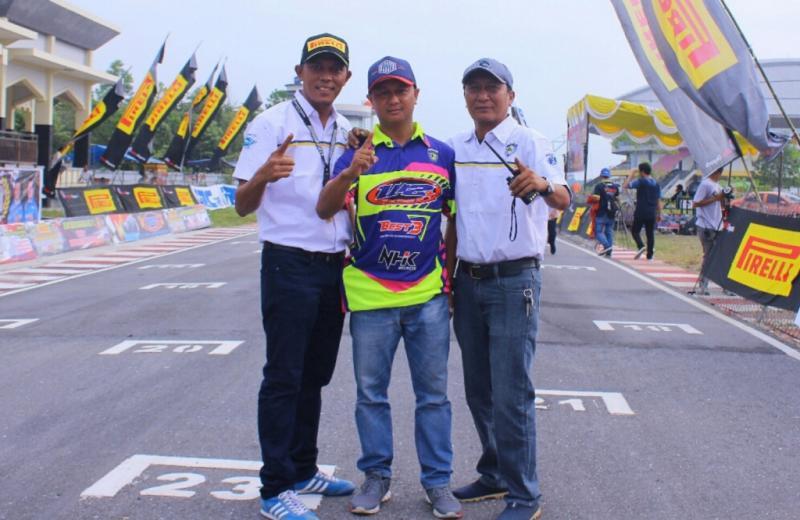 W2 Tapak Lapan Ajak Lady Racer Main di Bangkinang