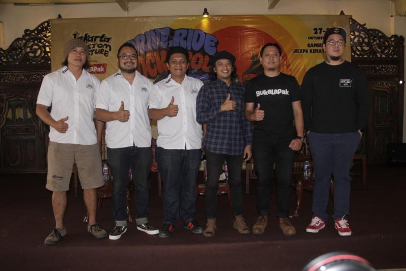 Bukalapak turut mendukung dan memeriahkan event Jakarta Custom Culture 2018