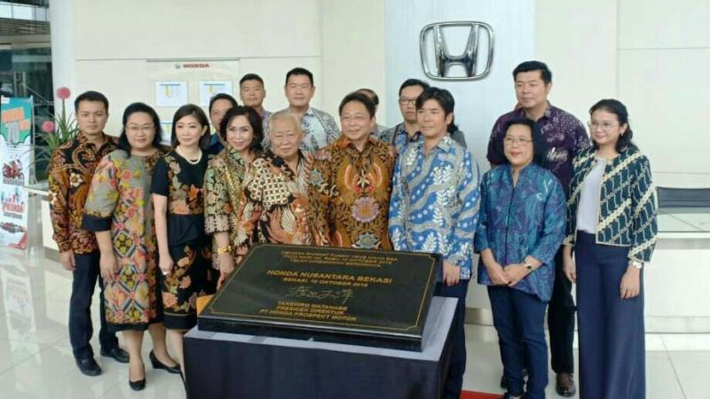 Para petinggi PT. Honda Prospect Motor dan Honda Nusantara Bekasi. (foto : ist)