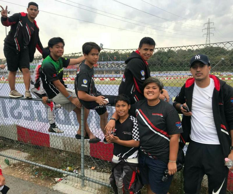 Para pegokart Indonesia saat rehat di sirkuit South Garda Italia. (foto : ist)