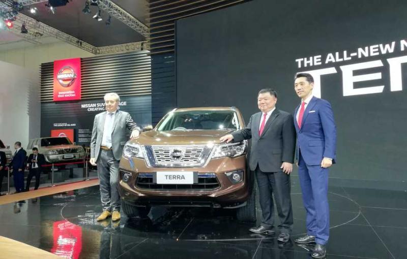 Eiichi Koito (kanan), Presiden Direktur PT Nissan Motor Indonesia akan kembalj ke kantor pusat Mitsubishi Motors di Jepang. (foto: istimewa)