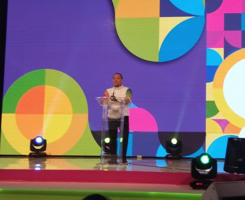 Suparno Djasmin dalam pembukaan peluncuran Happyone.id optimis industri asuransi akan bertumbuh. (foto: anto)