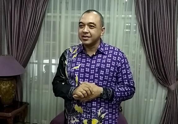 Bupati Tangerang, Ahmed Zaki Iskandar punya hobi balap sejak sekolah. (foto: anto)