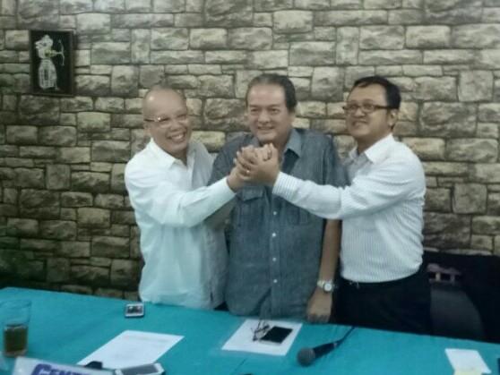 Preskon dihadiri Jeffrey JP (Sekjen IMI Pusat), Tjahyadi Gunawan dan DR Suyud Margono di Dapur Sunda SMESCO Pancoran. (foto : bs)
