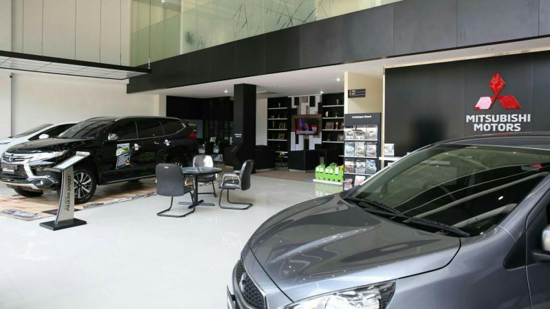 Fasilitas dengan standar kenyamanan diler Mitsubishi Motors. (foto : Ist)