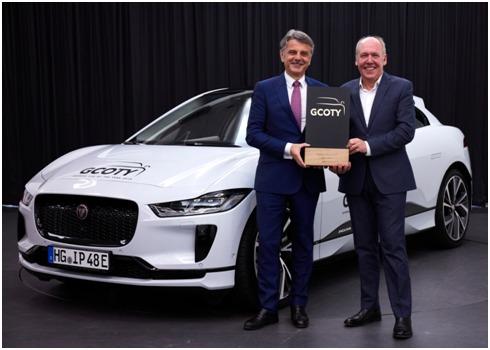 Mobil listrik pertama Jaguar, SUV I-PACE EV raih German Car of The Year 2019. (foto: Jaguar)