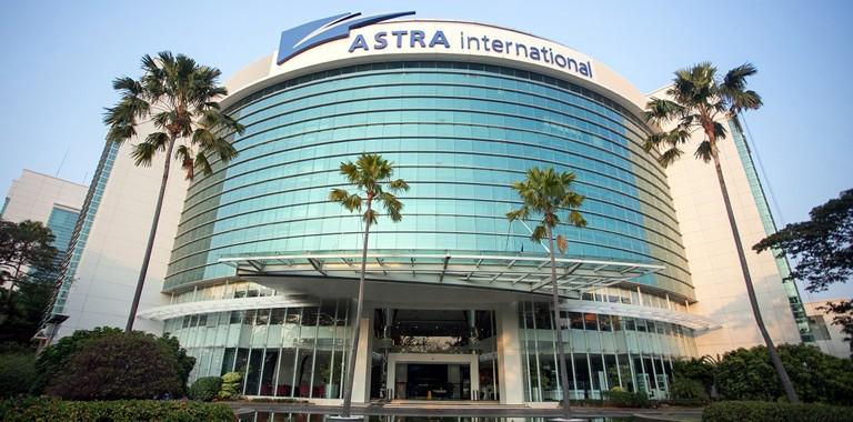 Sektor bisnis otomotif masih jadi penyumbang terbesar keuntungan Astra International. (foto: istimewa / Astra)