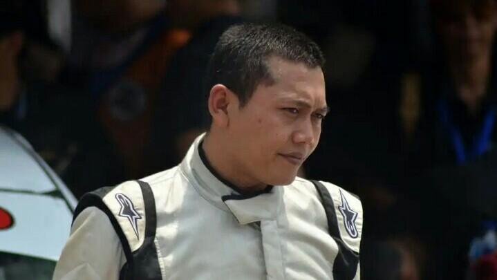 Benny Santoso, sang juragan bawang di Brebes, Jawa Tengah. (foto : modifikasi.com)