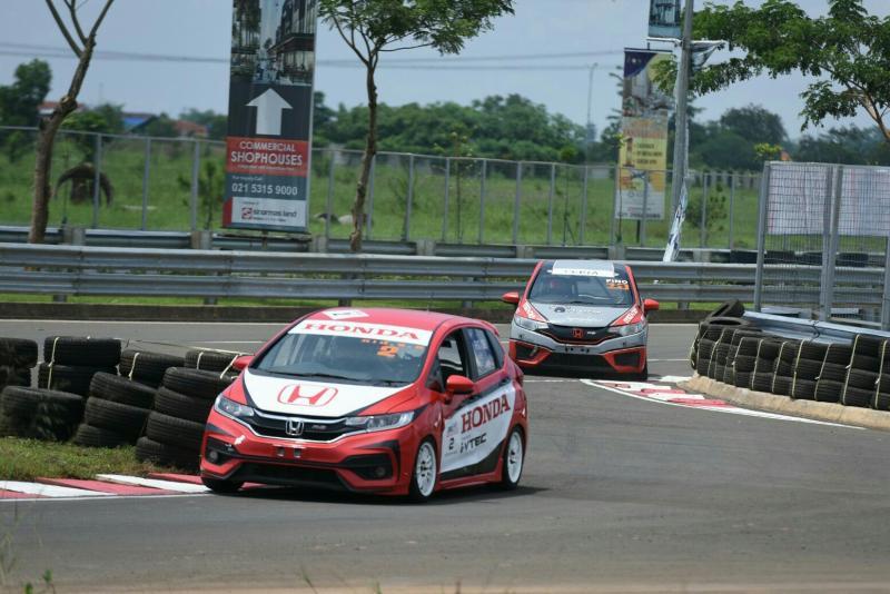 Alvin Bahar menang di BSD City GP, tapi Haridarma Manoppo yang juara nasional. (foto : rayhan)
