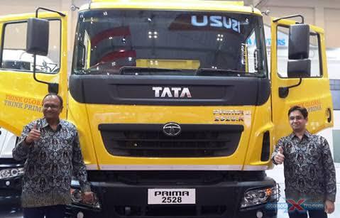 Tata Prima jadi model unggulan Tata Motors di segmen kendaraan komersial dunp truck di Indonesia. (foto: anto)