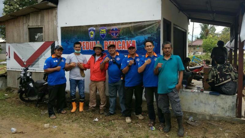 IMI Banten dan IMI DKI bahu membahu membantu korban tsunami di Selat Sunda. (foto : ist)