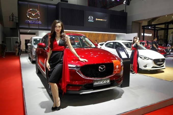 SUV CX-5 dan Hatchback Mazda 2 jadi tulang punggung penjualan di Indonesia. (foto: anto)
