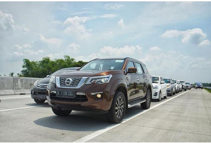 New Nissan Terra tawarkan beragan fitur sekaligus mesin diesel paling bertenaga di segmen SUV Ladder Frame. (foto: Nissan)