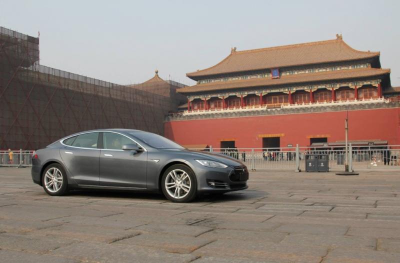 Tesla jalankan strategi baru di Negeri Tirai Bambu. (foto: learnbonds)