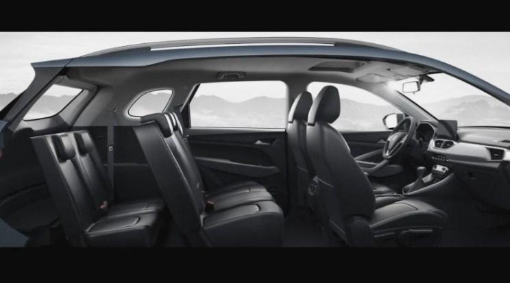Varian 7-seater Wuling SUV menambah dua kapasitas tempat duduk di kabin paling belakang. (foto: ist)