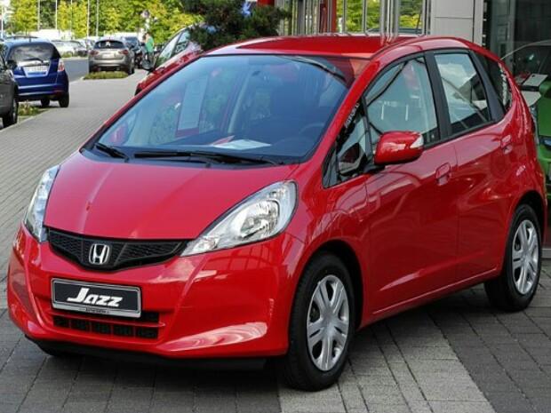 Honda Jazz keluaran 2004 dan 2005 jadi pilihan cerdas belanjakan budget Rp 80 juta. (foto : ist)