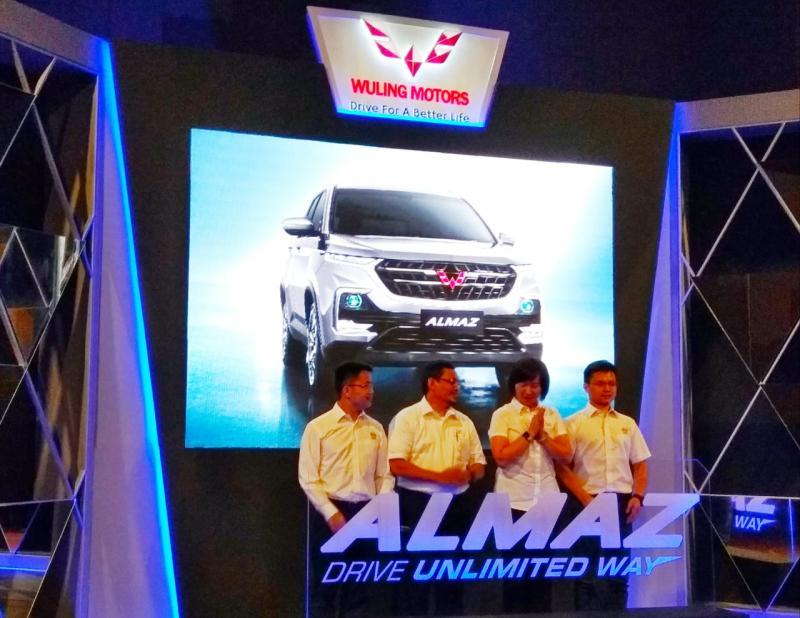 Wuling Resmi berikan nama Almaz untuk SUV terbarunya. (foto: anto)