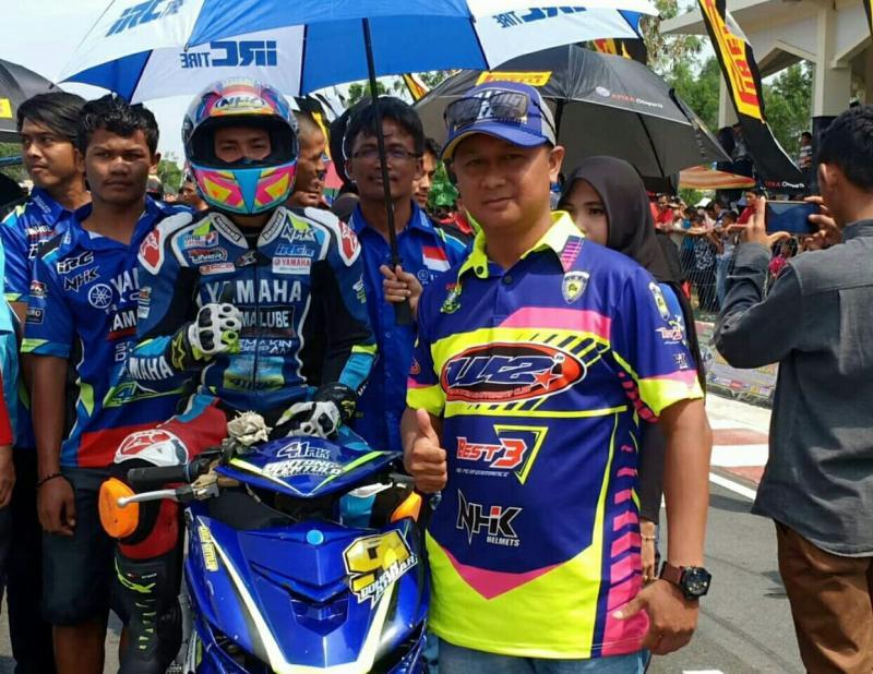 Wendi Sofyan promotor balap motor produktif asal Bangkinang. (foto : winda)