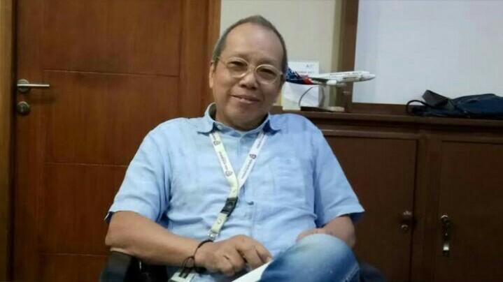 Jeffrey JP terangkan konsepnya IMI membantu proses issued & reporting SIM International Indonesia. (foto : bs)