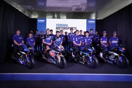 Sekurangnya terdapat 5 pembalap muda Yamaha Racing Indonesia yang ikut diperkenalkan bersama para rider top dunia. (ist)
