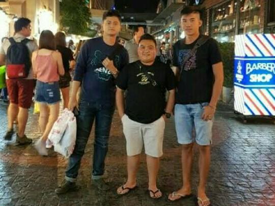 Dari kiri : Herdiko, Dendry dan Adrian Septianto saat mewakili Indonesia di AAGC Thailand, Desember 2019. (foto : ist)