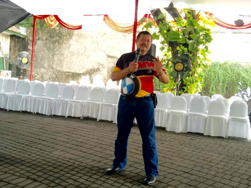 Ipung Purnomo jadi pembicara di acara diskusi safety riding di Balai Sarwono, Jaksel, Minggu (24/2) - (Foto: Budsan)