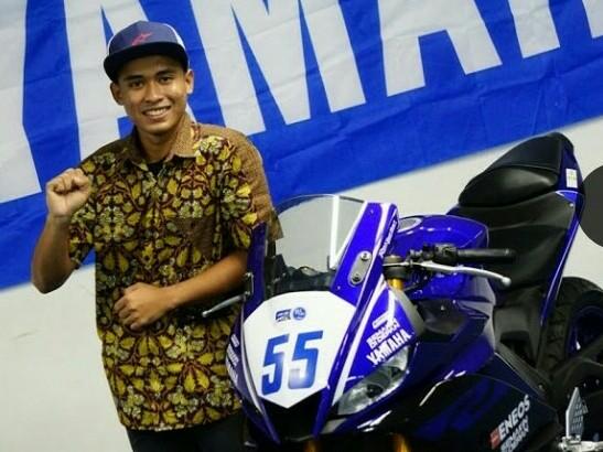 Galang Hendra, ujung tombak pembalap tim Yamaha Indonesia untuk musim balap 2019. (foto : ist)