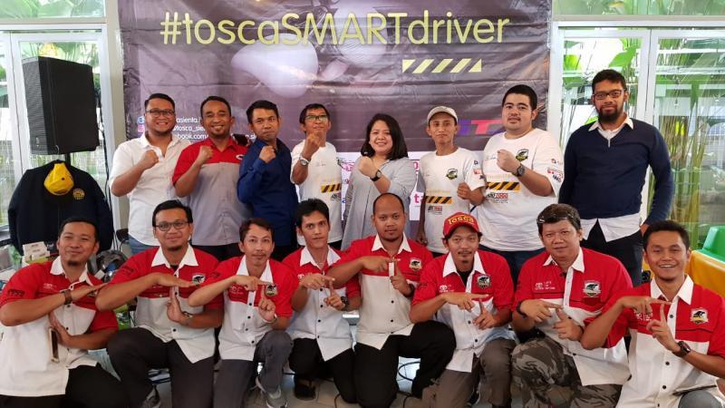 Tosca mengadakan program Tosca Smart Driver 2019 di Surabaya dan Semarang