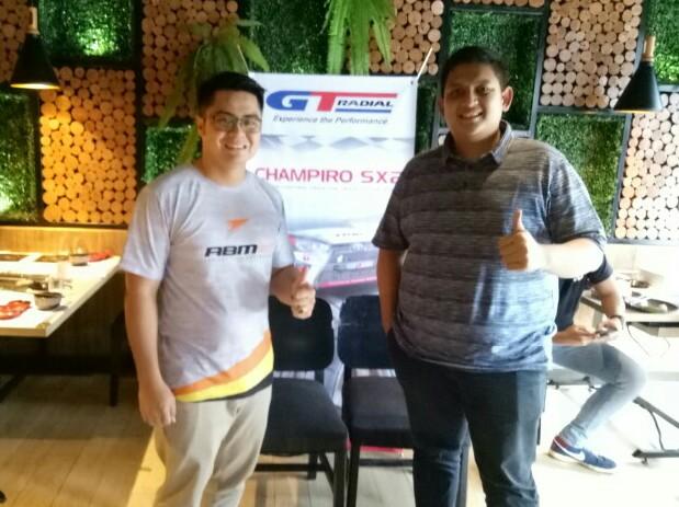 Valentino Ratulangi (kiri) dan Dika CH, benarkah drifter ketiga ABM itu Dika? (foto : bs)