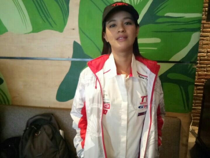 Sabrina Sameh, jadikan target TTI sebagai tantangan di ajang gymkhana. (foto : bs)