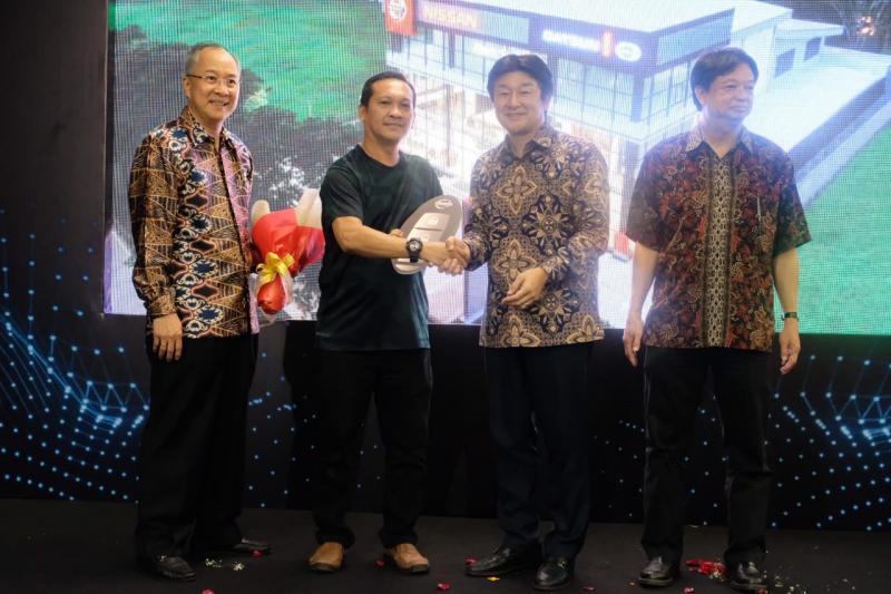 Pembukaan outlet ini menjadi langkah lanjutan dalam strategi pertumbuhan Nissan melalui rencana jangka menengah baru perusahaan untuk Indonesia.