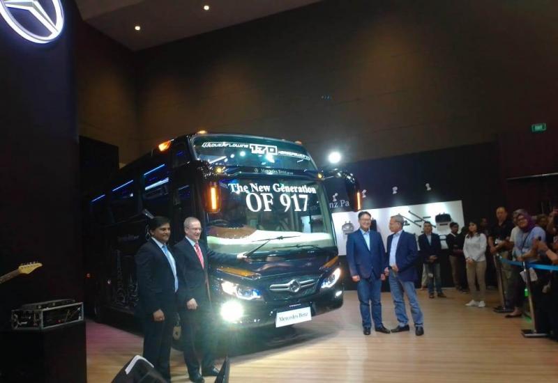 Mercedes-Benz OF 917 generasi terbaru diperkenalkan di ajang Busworld SEA 2019, JIExpo Kemayoran Jakarta