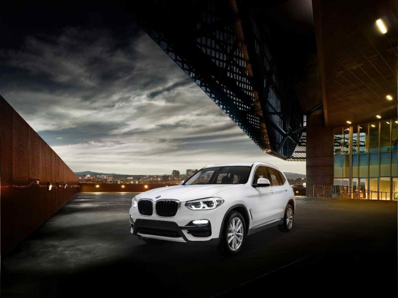 BMW X3 sDrive20i dilengkapi mesin BMW TwinPower Turbo kapasitas 2.0-liter empat silinder.