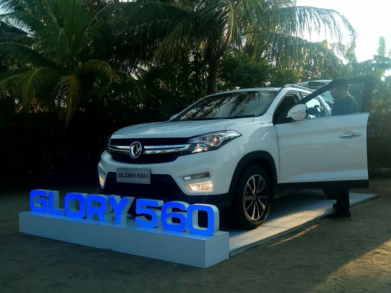 SUV terbaru DFSK Glory 560 diperkenalkan kepada media di Jakarta, Selasa hari ini. (foto : rayhan)