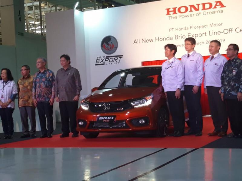 Menteri Perindustrian Airlangga Hartarto hadiri seremoni ekspor All new Honda Brio ke Vietnam dan Filipina
