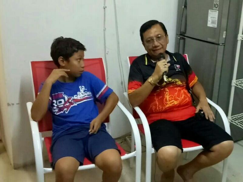 Daffa AB bersama ayahanda tercinta Irjen Purn Anang Boedihardjo. (foto : bs)