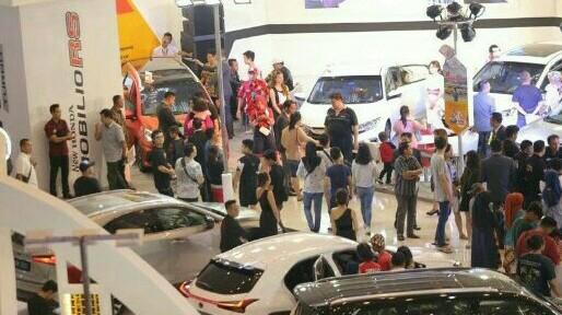 GIIAS Surabaya tahun ini dilangsungkan selama 10 hari di Grand City Convex.  (foto : ist)