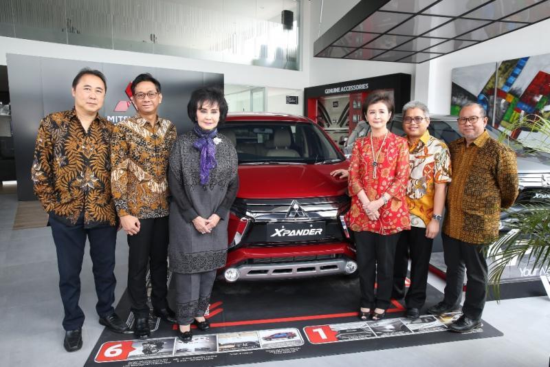 PT Mitsubishi Motors Krama Yudha Sales Indonesia (MMKSI), bekerja sama dengan PT SUN Star Prima Motor resmikan dealer baru di Tajur, Bogor