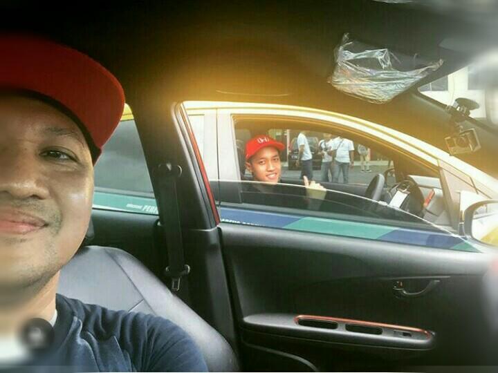 Alvin & Avila Bahar, teman di rumah rival di sirkuit balap mobil. (foto : ig alv)