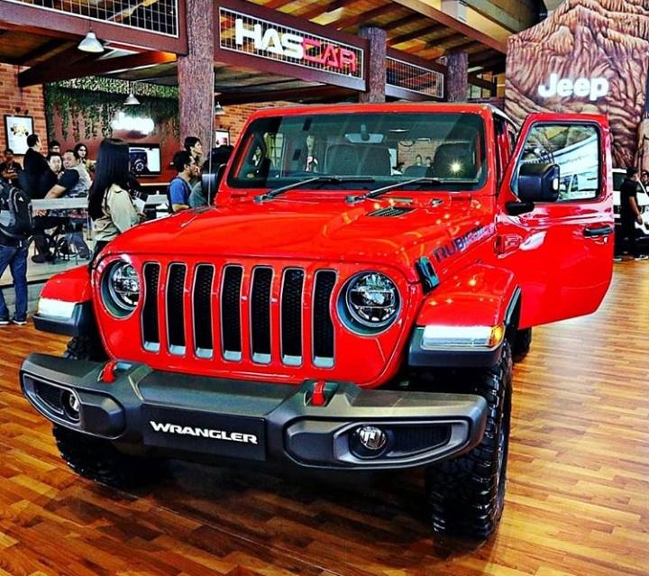 Selain All New Jeep Compass, pengunjung juga dapat melihat variant All New Jeep Wrangler yaitu Rubicon dua pintu dan Sahara. (harcarjeepid).