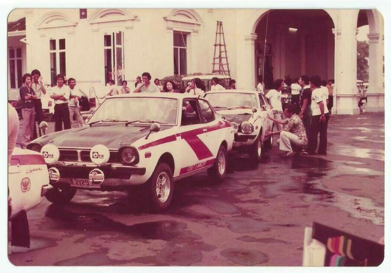 Suasana reli pada tahun 80 an yang ramai mendapat support dari Bupati hingga Gubernur (foto : rft)