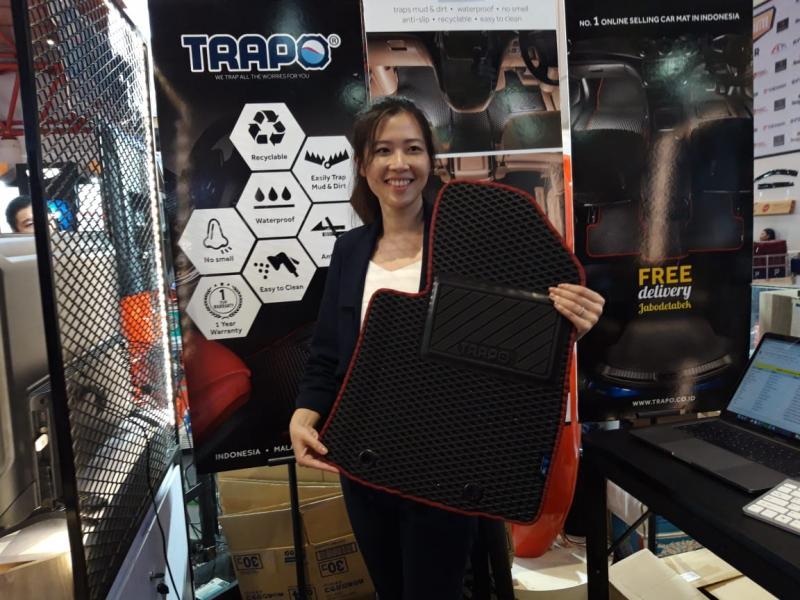 Karpet mobil custom merk Trapo tawarkan promo di Telkomsel IIMS 2019