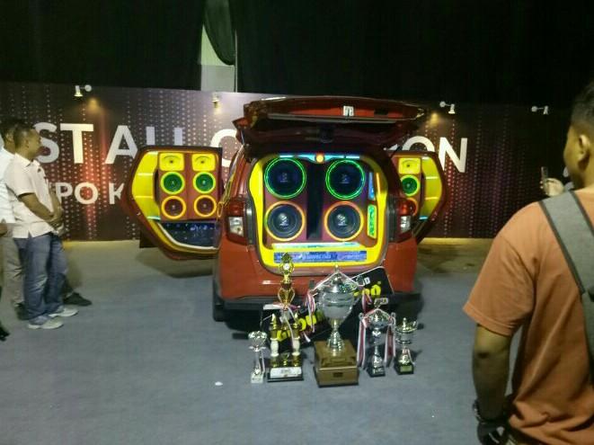 Salah satu pemenang kontes car audio yang digawangi PAHAMI. (foto : bs)